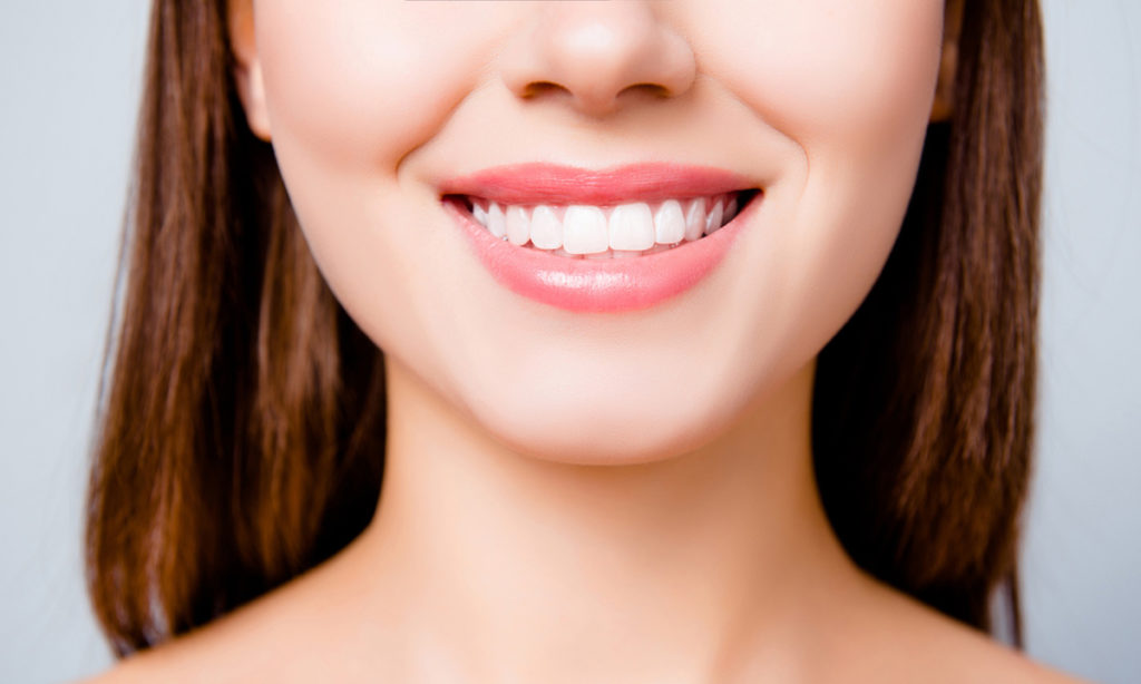 czy wybielanie zębów jest bolesne i sprawia ból